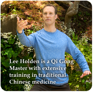 Lee Holden has extensive training in traditional Chinese medicine